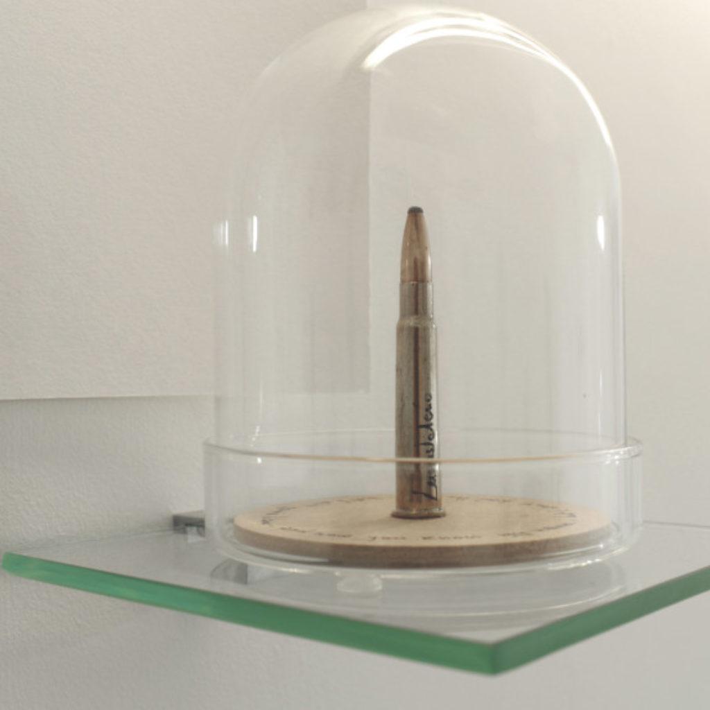 bullet. proiettile su mdf e vetro cm 50 x 50. 2016