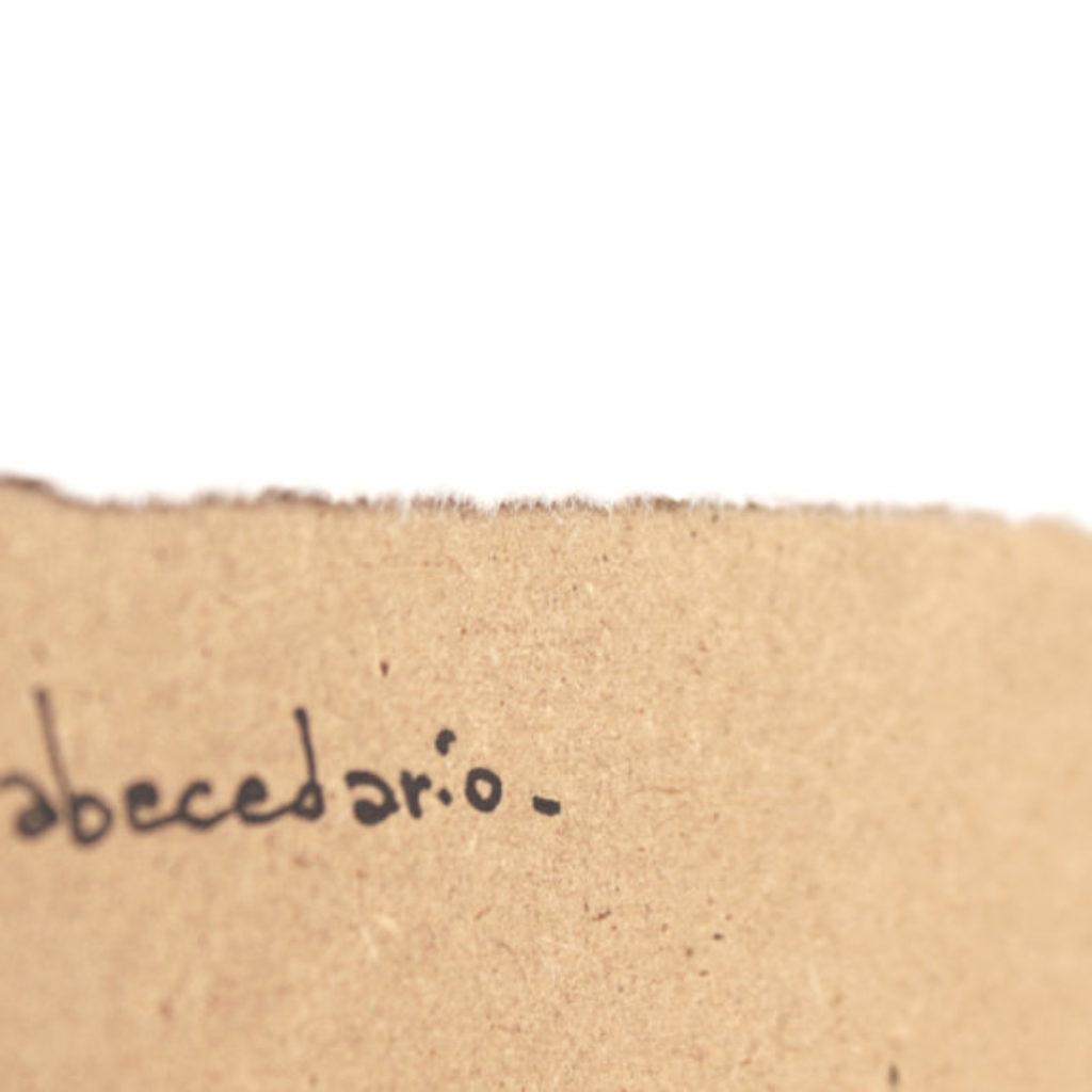 abecedario (F) part. stampa a ricalco su carta calcografica e mdf, cornice. cm. 42,5 x 32,5. 2015