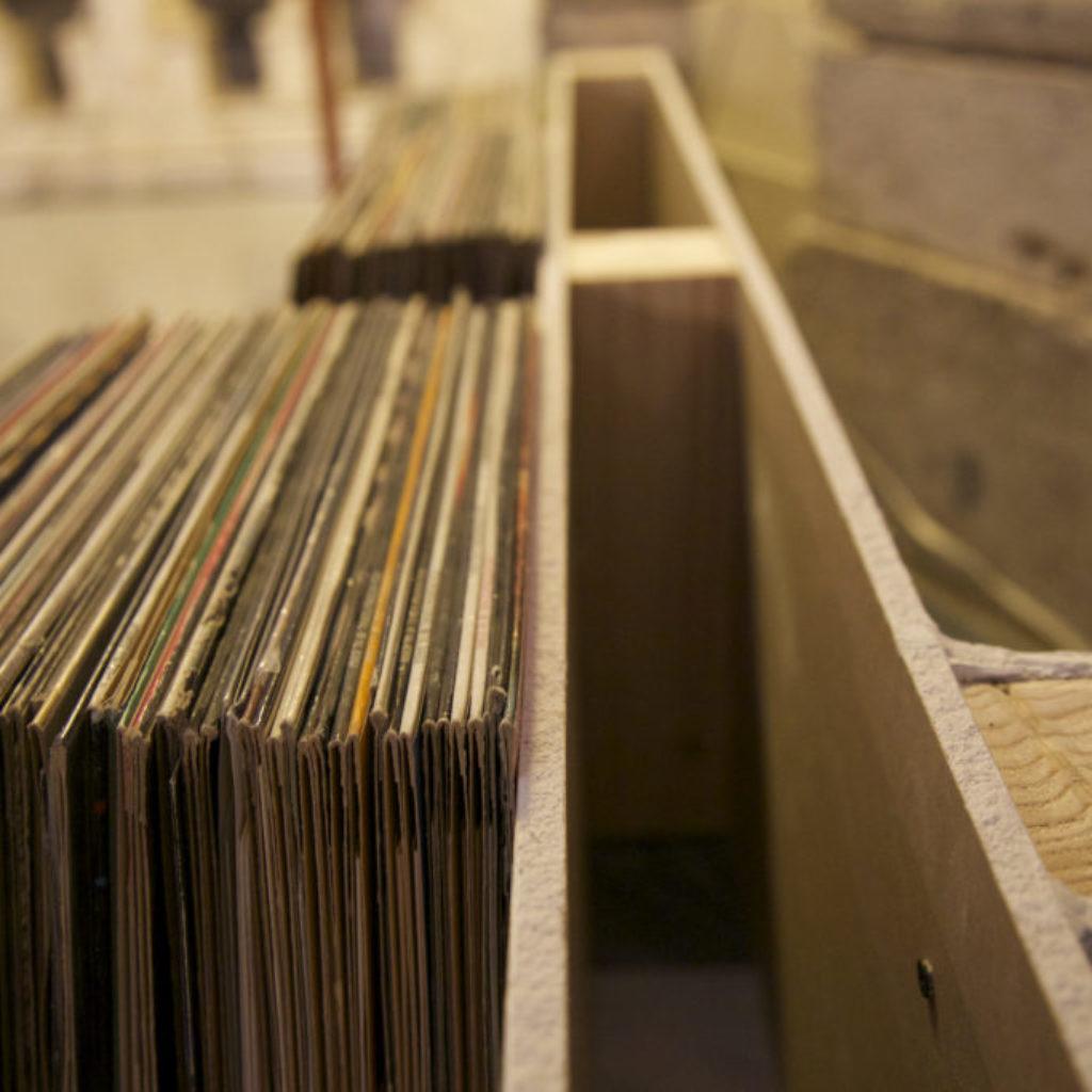 INNOMINEDOMINI (dischi). sala santa rita, dimensioni ambientali. 2016